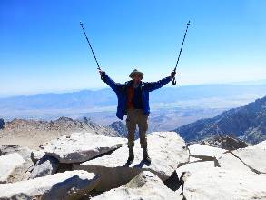 wPCT-2015-day9-10  On Mt Whitney.jpg (242308 bytes)