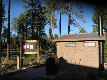 wbike-az-ut scenic toilet jacob lake Day 1-1.jpg (326615 bytes)