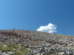 wgreat-basin-NP-day1-13  rubble pile.jpg (334185 bytes)