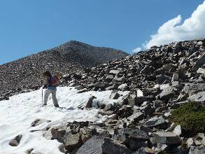 wgreat-basin-NP-day1-14  little snow.jpg (378047 bytes)