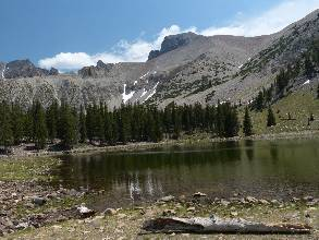 wgreat-basin-NP-day2-12  lake.jpg (407771 bytes)