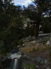 wjmt-day22-8-rae-lk-scenic-toilet1.jpg (208702 bytes)