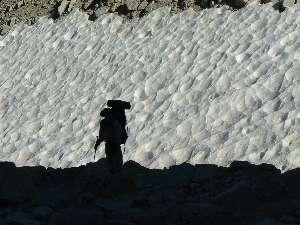 wjmt-day27-15-snow-shilouette.jpg (355465 bytes)