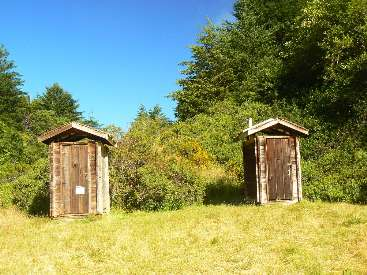 wlc11-scenic-toilet-day5-4-orchard-TH.jpg (545816 bytes)