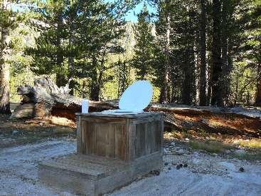 wjmt-day26-6-crabtree-meadow-scenic-toilet.jpg (559991 bytes)