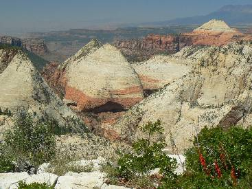 wzion2012-day4-8  wandering the West Rim.jpg (511101 bytes)